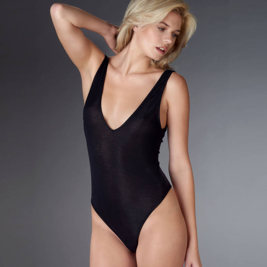 MAISON CLOSE Body string col V Bellevue Noir