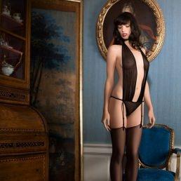 Body string Maison Close Rue des Demoiselles