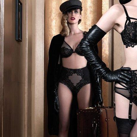 Culotte haute galbante Black Dahlia Noir