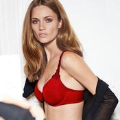 Soutien-gorge triangle spacer