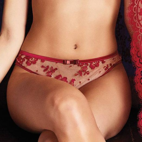 String Pasion y deseo Rouge