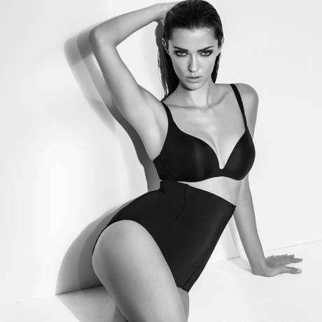 WACOAL Culotte haute Beauty Secret Noir
