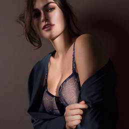 Soutien-gorge balconnet coutures verticales PrimaDonna By Night Stardust