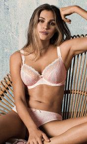 Freya Fearne