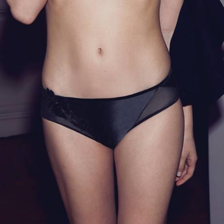 SIMONE PÉRÈLE Slip Haute Couture Noir