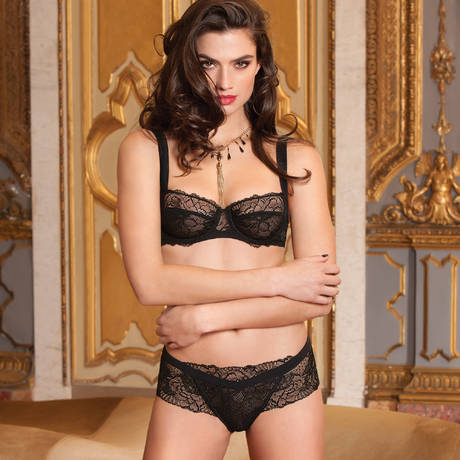 LISE CHARMEL Shorty Dentelle Design Noir