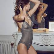 Body Simone Pérèle Kiss