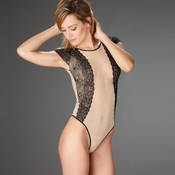 Body string Maison Close L'Antichambre