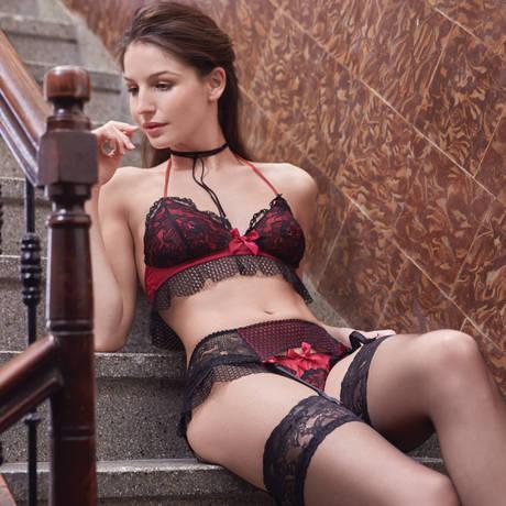 LES JUPONS DE TESS String Flirt Noir/Lipstick