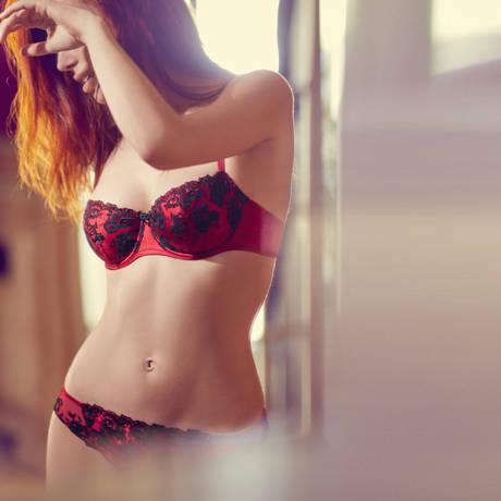 AUBADE Tanga Précieux Amour Rouge Darling