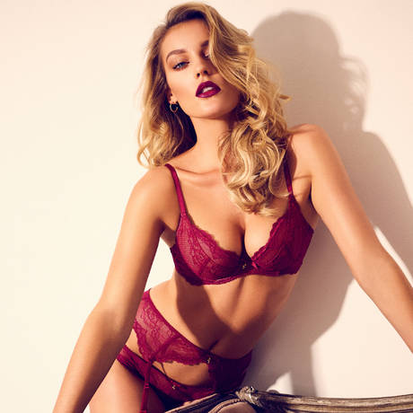 GOSSARD String Superboost Lace Ruby
