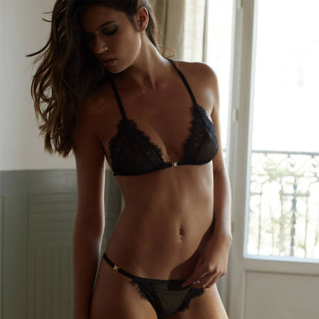 ATELIER AMOUR Soutien-gorge triangle sans armatures Irrésistible Attraction Shadow Noir