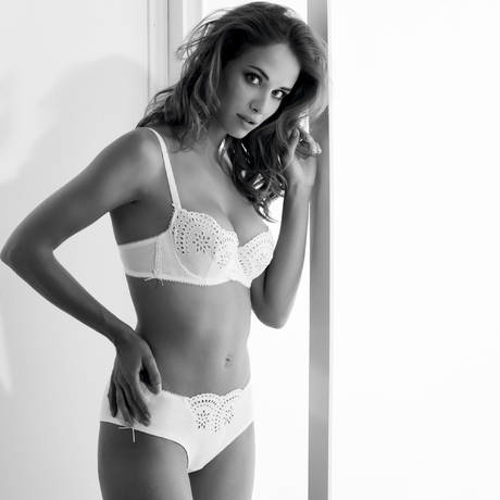 MILLESIA Shorty Angelique Blanc