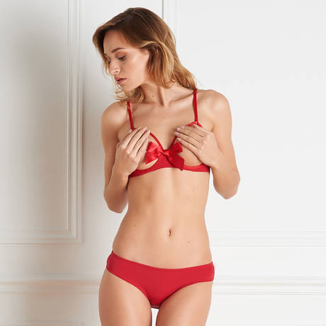 MAISON CLOSE Shorty Cul Nu Le Petit Secret Rouge