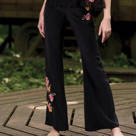 MARJOLAINE Pantalon en soie Eris Noir/fleur