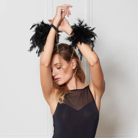 MAISON CLOSE Menottes en plumes Les Burlesques
