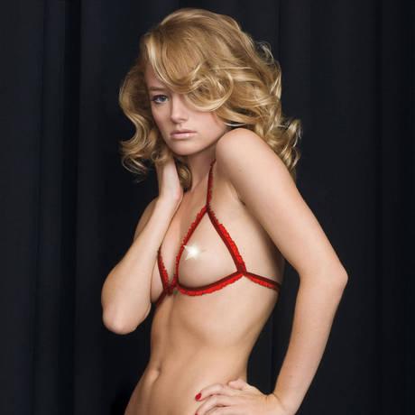Les Seins nus Les Fétiches Rouge