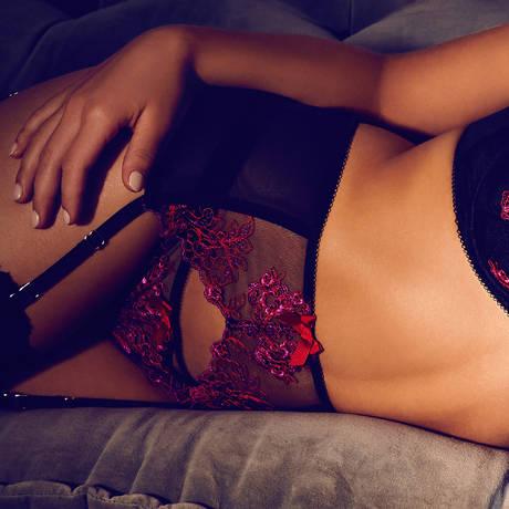 Porte-jarretelles VIP Passion Flower Noir/Rouge