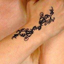 Tattoos 3D temporaires Bracelet coeurs