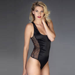 Body string Maison Close Villa Satine